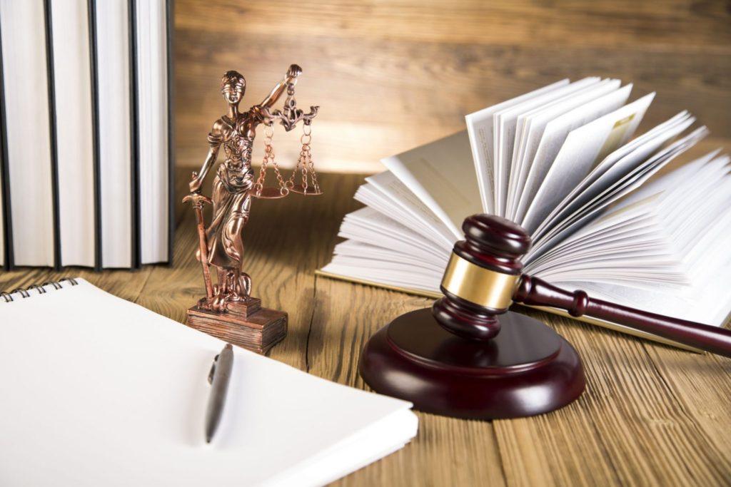 Avvocati Sentenze giustizia 1024x683